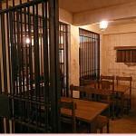 床屋と牢屋と隠れミッキー