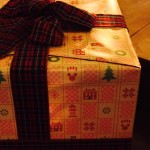 クリスマスツリーを見上げずに発見した隠れミッキーはコレだ!